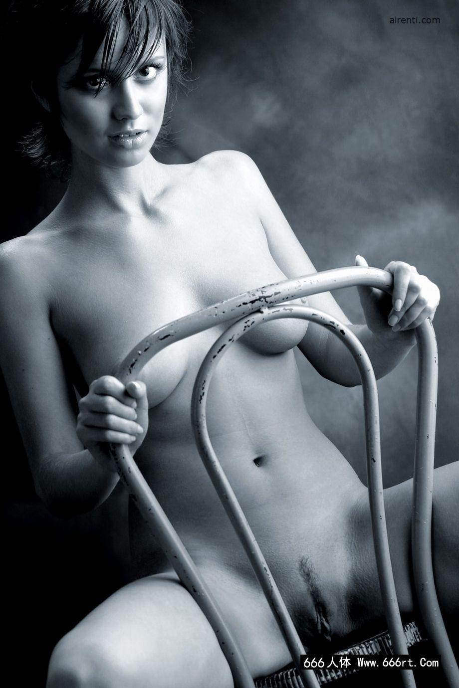 大师级图片师为金伯利拍摄的人体摄影