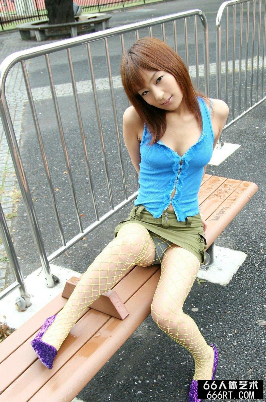 日本大胆人gogo露私艺术影_穿短裤的东洋妹妹室内沐浴