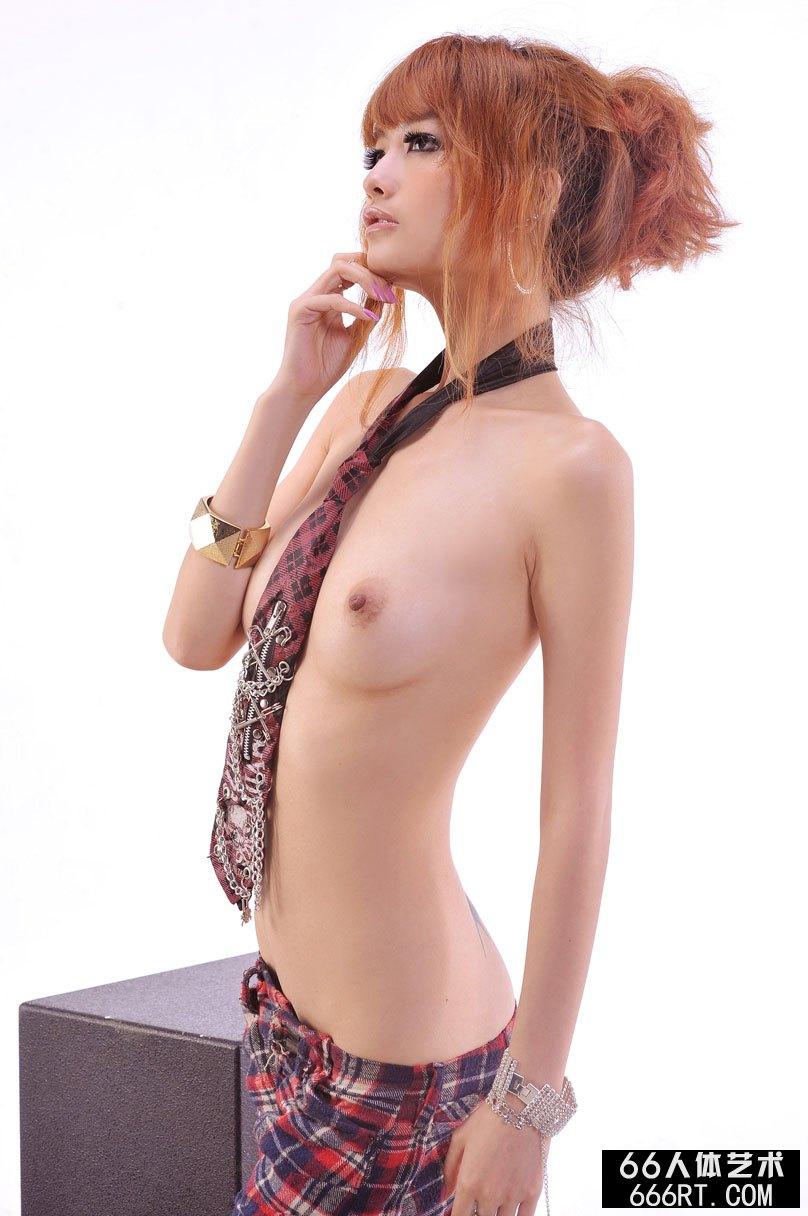 美模yumi09年3月20日室拍完美身躯
